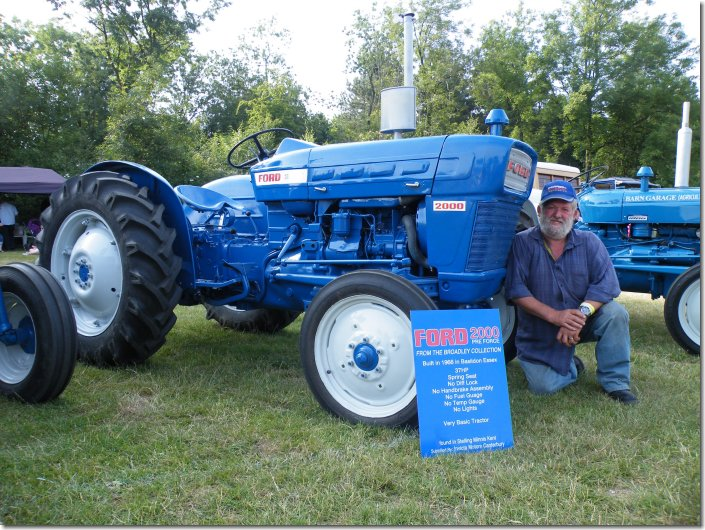 1963 Ford 2000 Tractor : Kent county show